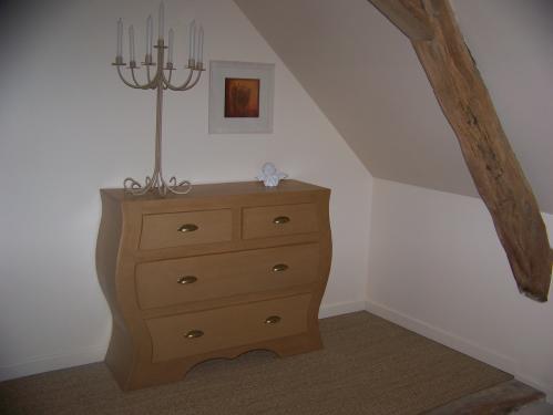 J'ai amménagé mon gîte avec du mobilier carton et je propose des ateliers découverte sur demande   http://la-fontaine.wifeo.com/