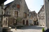 Maison des Artisans- Cité Médiévale de Mennetou s/Cher , Maryline Epyneau Maryline imagine ...Atelier bout de carton